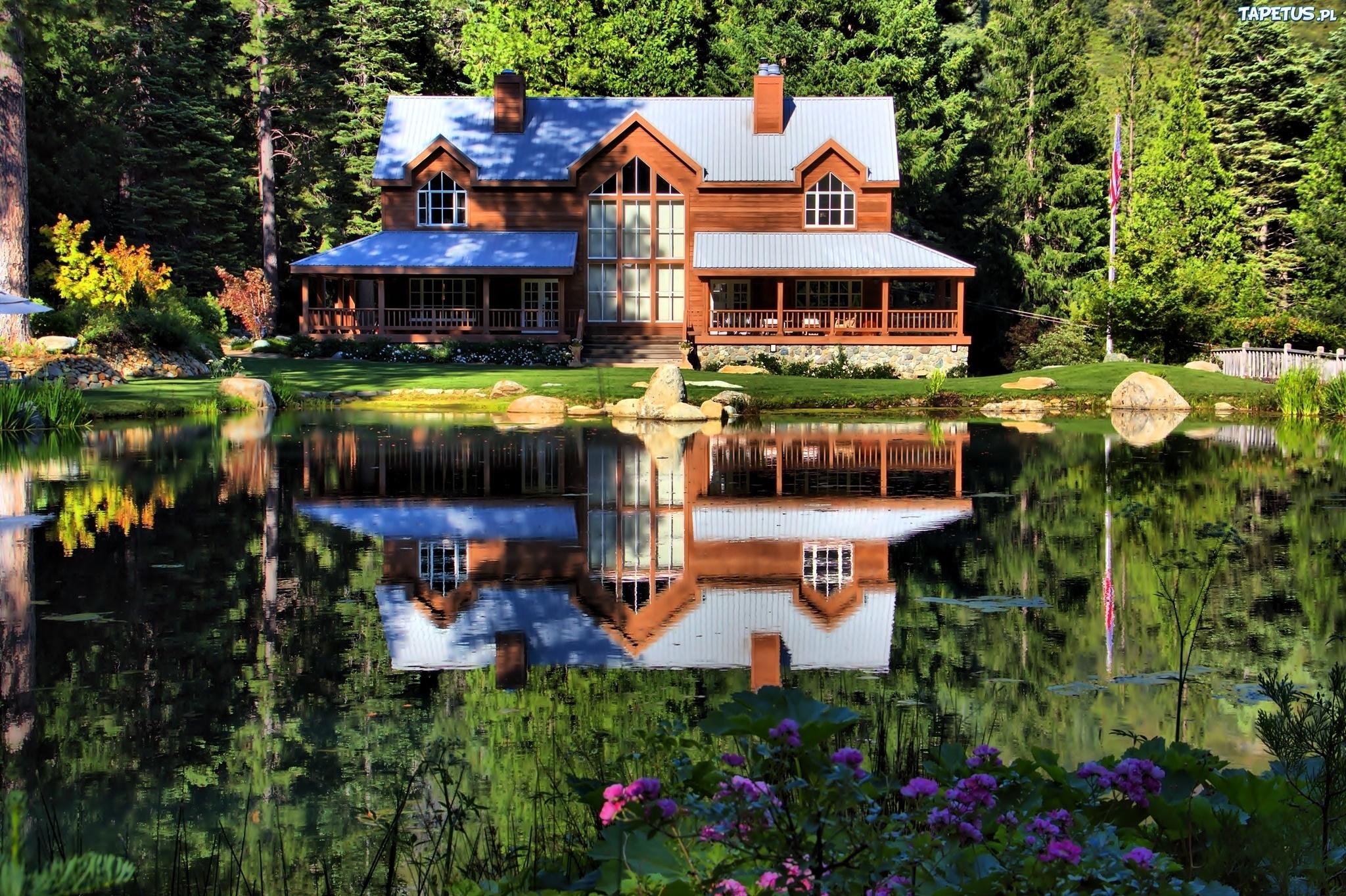 Картинки деревянный дом у воды