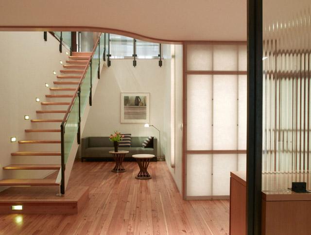 Интерьеры двухуровневых квартир фото