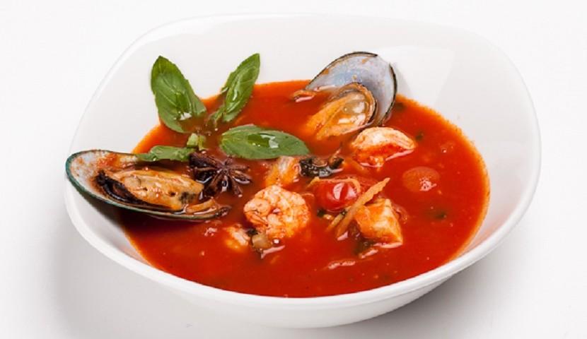 Острый суп из морепродуктов